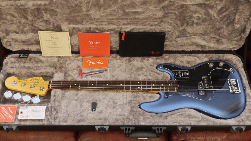 Fender Precision Bass American Professional II Dark Night 0193930761 Made in Usa inclusa custodia rigida Fender