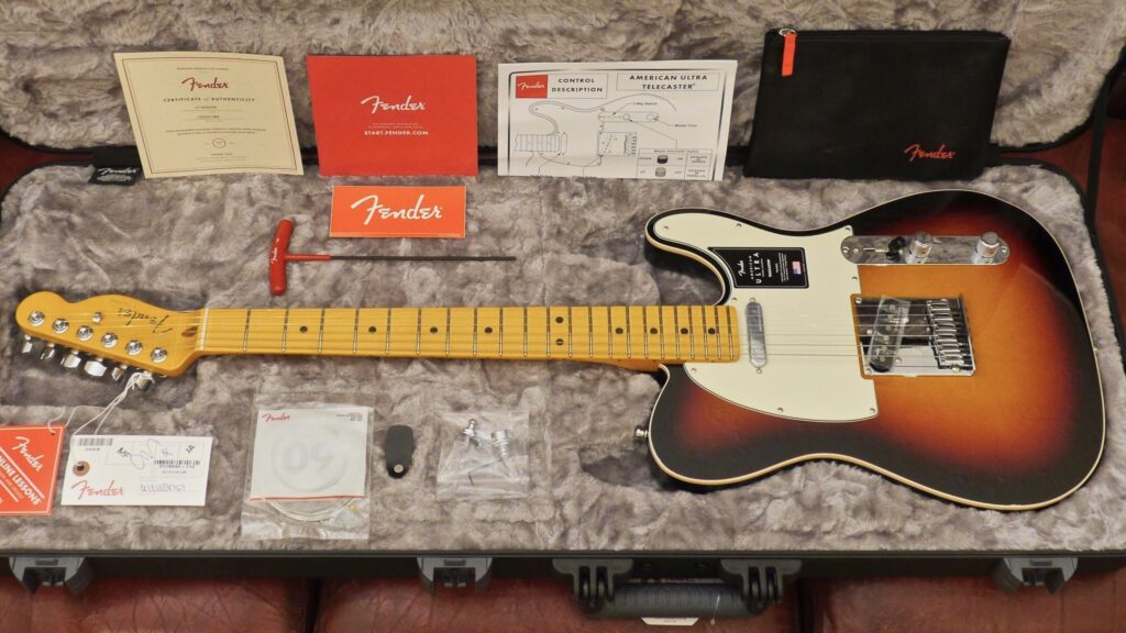 Fender Telecaster American Ultra Ultraburst MN 0118032712 Made in Usa inclusa custodia rigida Fender