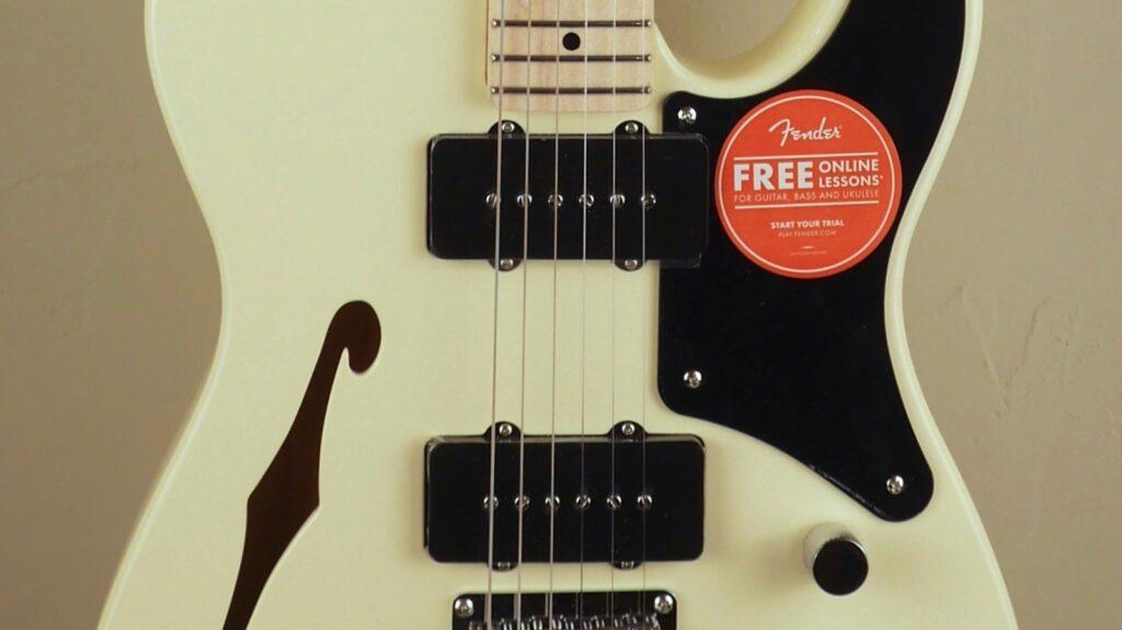 Squier by Fender Cabronita Telecaster Thinline Paranormal Olympic White con custodia Fender in omaggio