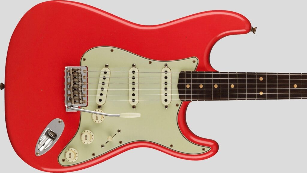 Fender Custom Shop 62/63 Stratocaster Limited Edition Aged Fiesta Red Journeyman Relic 9231012528 Made in UsaFender Custom Shop 62/63 Stratocaster Limited Edition Aged Fiesta Red Journeyman Relic 9231012528 Made in Usa