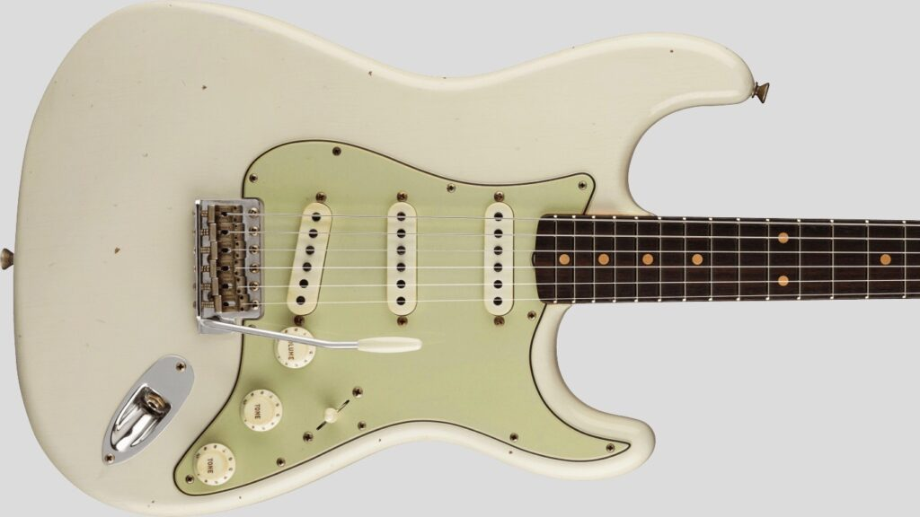 Fender Custom Shop 62/63 Stratocaster Limited Edition Aged Olympic White Journeyman Relic 9231012527