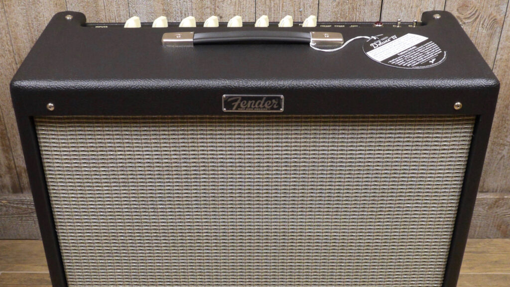 Fender Hot Rod Deluxe IV Black 2231206000 Made in Mexico inclusi 2-Button Footswitch e Cover