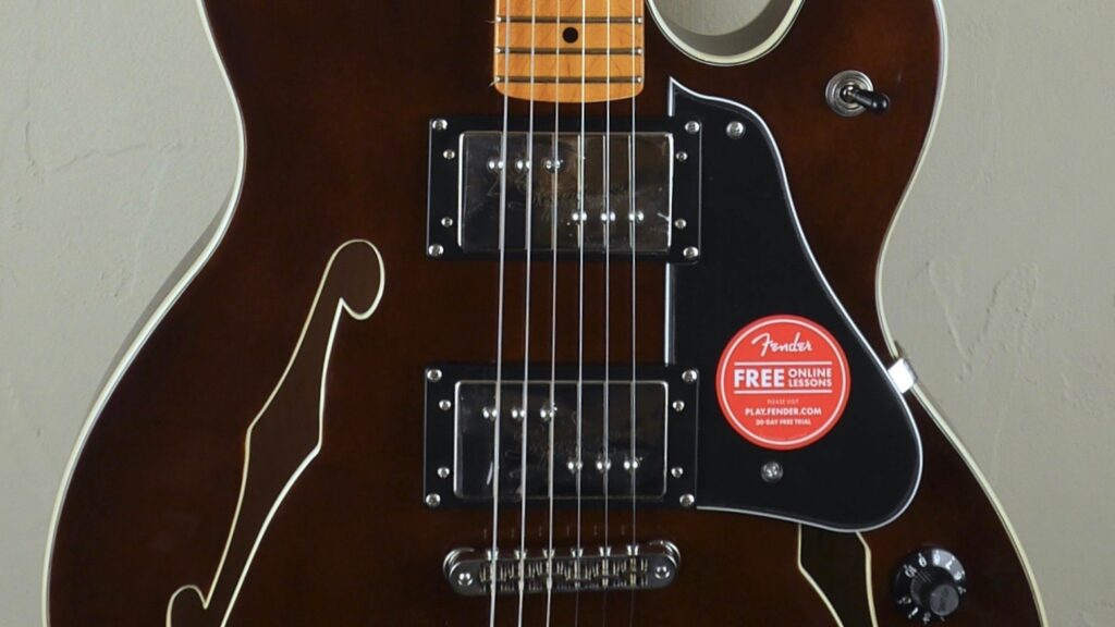 Squier by Fender Starcaster Classic Vibe Walnut 0374590592