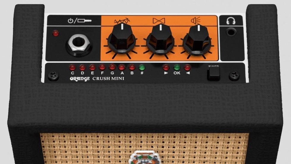 Orange Crush Mini Black 3 watt di potenza con 1 cono da 4 pollici