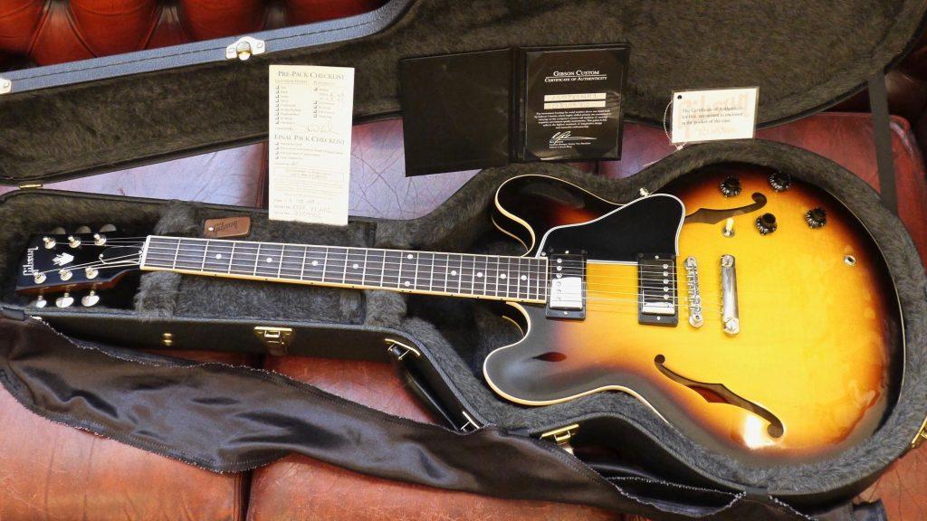 Gibson Custom Shop ES-335 Dot 2009 Vintage Sunburst Made in Usa inclusa custodia rigida Gibson Custom